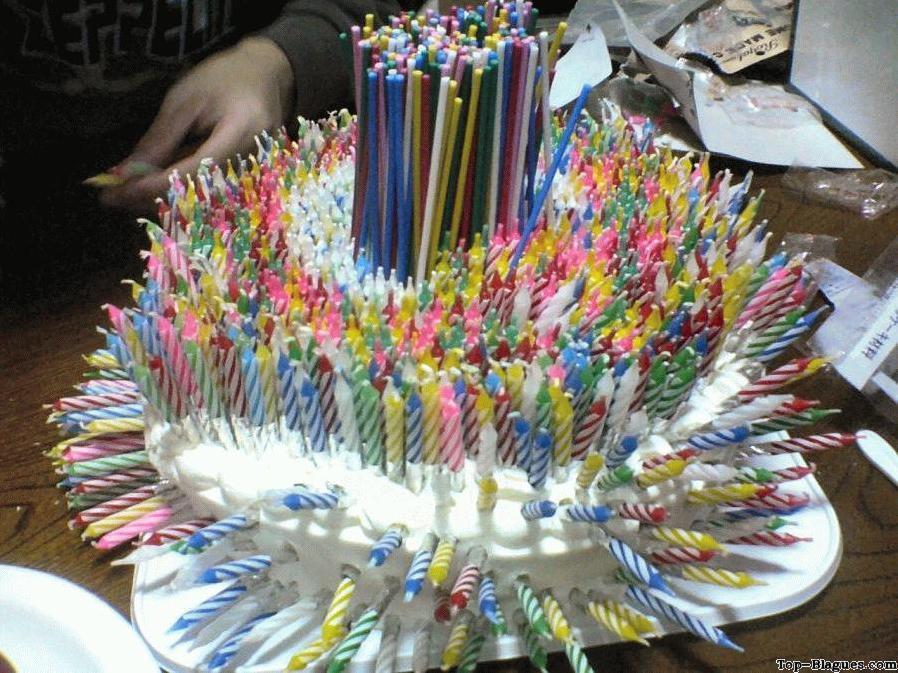 Blague gateau d'anniversaire